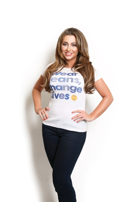 Lauren Goodger_White tee_DPP_0002_V1