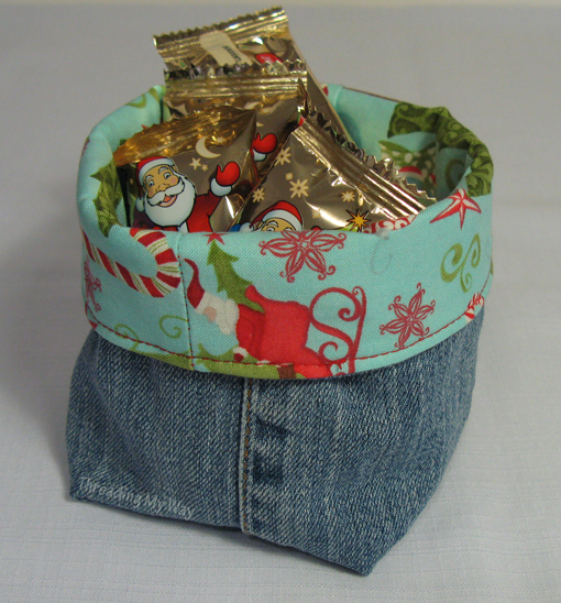 christmas_denim_basket