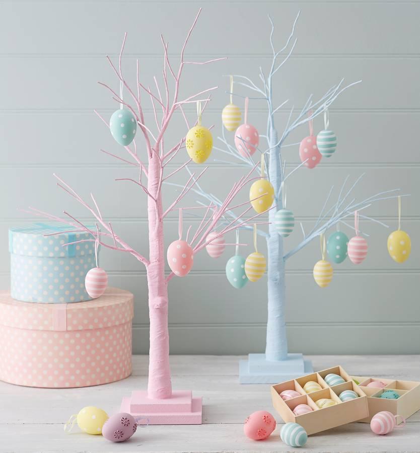 original_blue-or-pink-decorative-easter-tree