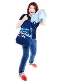 Caroline Quentin modelling Jeans for Genes denim bag