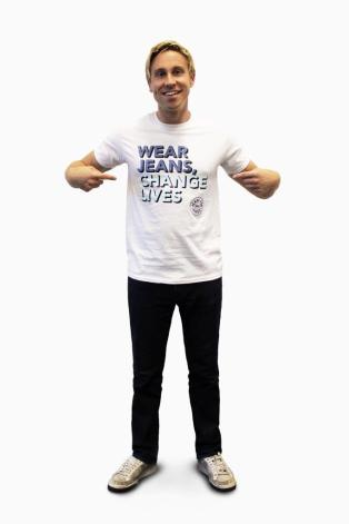 Russell Howard in Jeans for Genes white campaign t-shirt