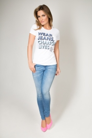 Sam Faiers in Jeans for Genes white campaign t-shirt (full lenght)